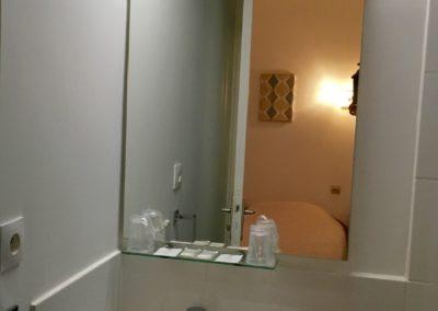 IMG_0116 hotel valence