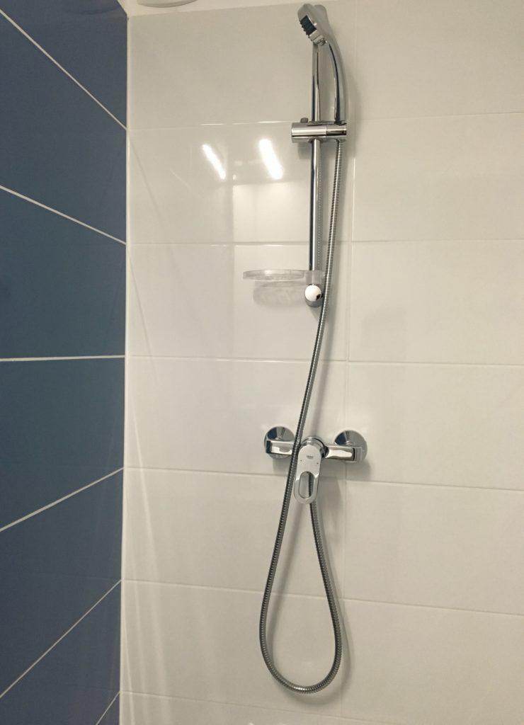 hotel-valence-saint-péray salle de bain