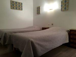 hotel valence, Saint-Peray, Guilherand-granges chambre coin bureau